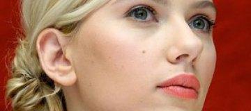 """Скарлетт Йоханссон рассказала, кому предназначались ее """"голые"""" фото"""