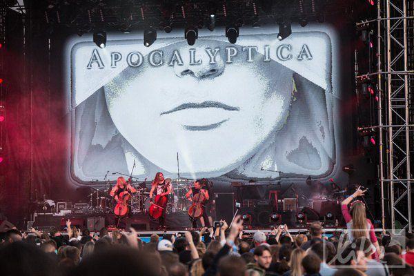 Финские металлисты Apocalyptica, исполняющие рок на виолончелях