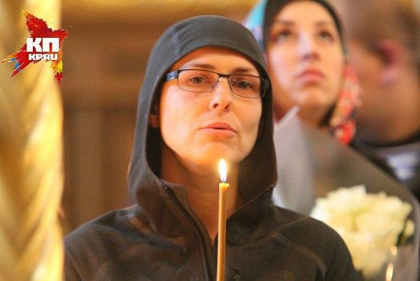 Юлия Чичерина, которая часто выступает в ДНР, приехала на венчание к Прилепину
