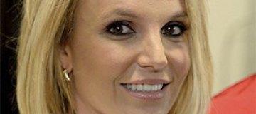 Бритни Спирс призналась, что любит рисовать топлес