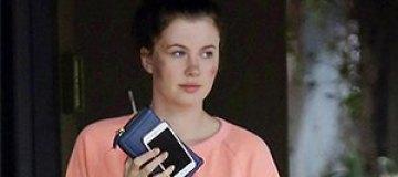 На дочь Алека Болдуина напали трое неизвестных