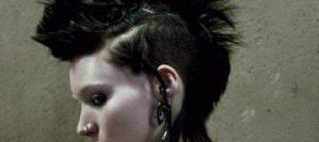 """""""Девушку с татуировкой дракона"""" запретили в Индии"""