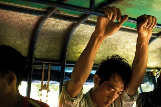 Лаос. Менеджер в общественном транспорте