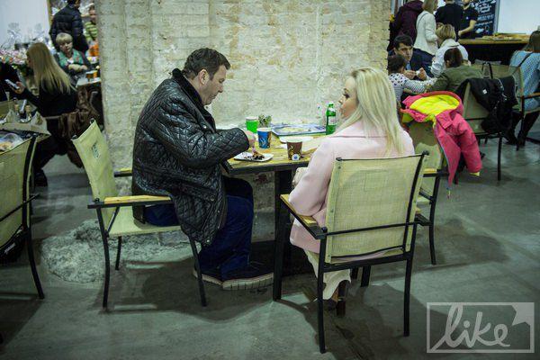 Политик Сергей Куницын с молодой женой Юлией