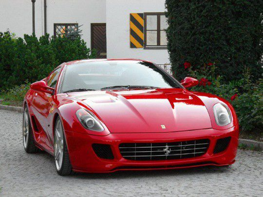 Теперь такой Ferrari появился в коллекции авто Пэрис Хилтон