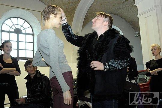 Алексей Залевский проводил кастинг моделей в первый день UFW