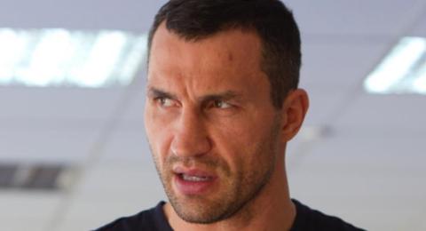 """Кличко назвал слухи о возвращении на ринг """"ранней первоапрельской шуткой"""""""