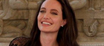 Анджелина Джоли впервые рассказала, как пережила развод с Питтом