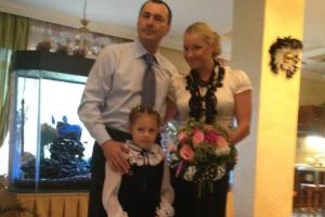 Волочкова с бывшим мужем отвела дочку в первый класс