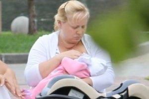 Пермякова попарилась в бане с новорожденной дочкой