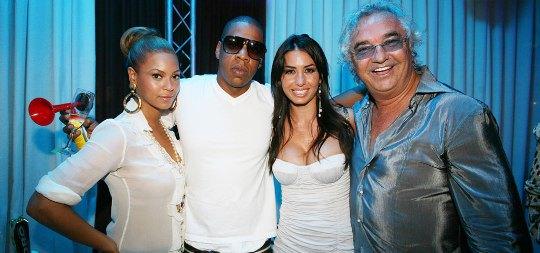 В клубе часто отдыхали знаменитости мирового уровня. На фото Джей Зи, Бейонсе и владелец заведения Флавио Бриатторе