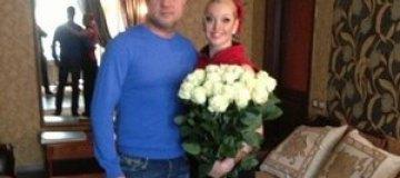 Любовник Волочковой показал ей свидетельство о разводе