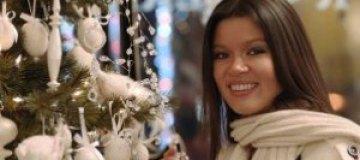 Руслана выступила в Вашингтоне и накупила елочных игрушек