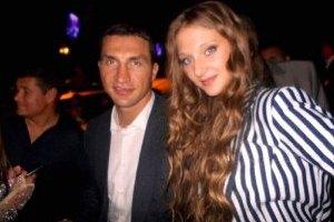 Подружка Кличко стала лицом Chanel