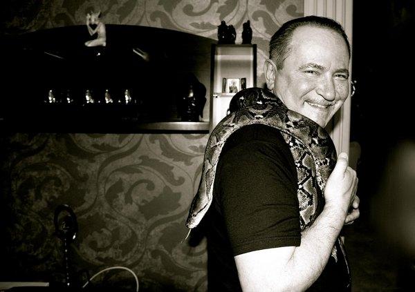 """Лобода: """"мой любимый папочка как выяснилось- обожает змей))"""""""