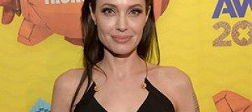 Анджелина Джоли впервые вышла в свет после операции