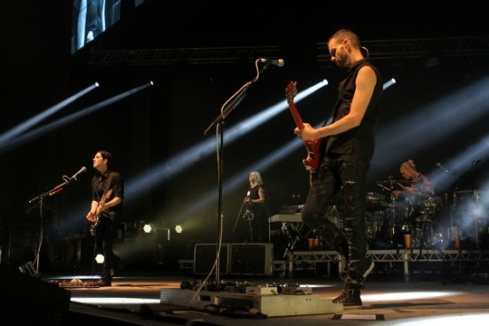 Placebo на киевском концерте во Дворце Спорта