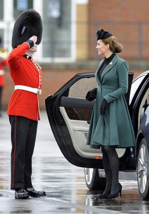 Принц Уильям и Кейт Миддлтон посетили парад