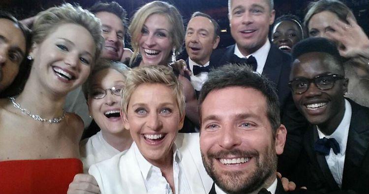 Фото на память: 10 лучших селфи знаменитостей