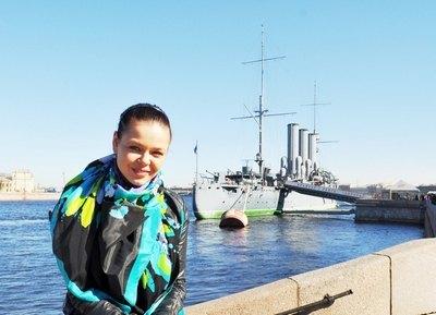 Алина Гросу отметила 18-летие в Санкт-Петербурге