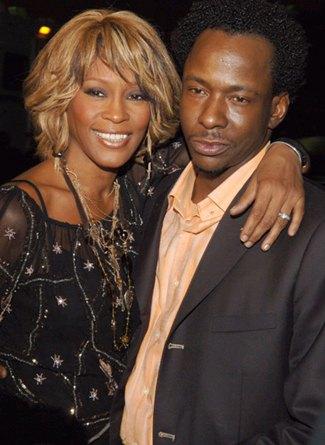 В семье Хьюстон утверждают, что именно Бобби Браун подсадил певицу на наркотики
