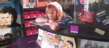 Тарабарова открыла свой музыкальный магазин
