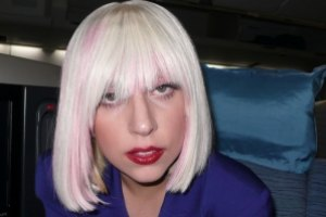 Леди Гага судится со своей ассистенткой
