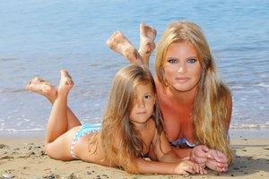 Дана Борисова купила шестилетней дочери лифчик