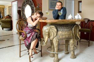 Агутин и Варум показали роскошную квартиру в Майами