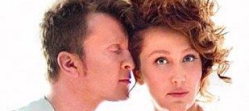 Мухарский признался, что уже год не живет с женой и платит ей алименты