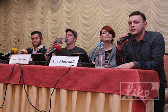 """Киевская пресс-конференция """"Scissor Sisters"""""""