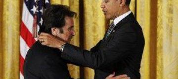 Обама вручил Аль Пачино медаль за достижения в сфере искусства