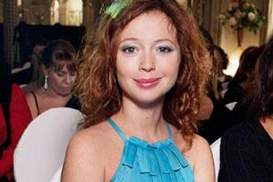 Елена Захарова рассказала, как пережила смерть дочери