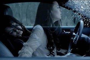 Алина Гросу разбилась в авто и умерла в новом клипе
