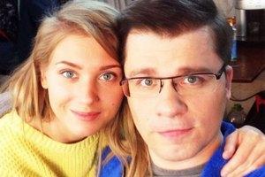 Экс-жена Харламова посоветовала беречь мужей от Асмус