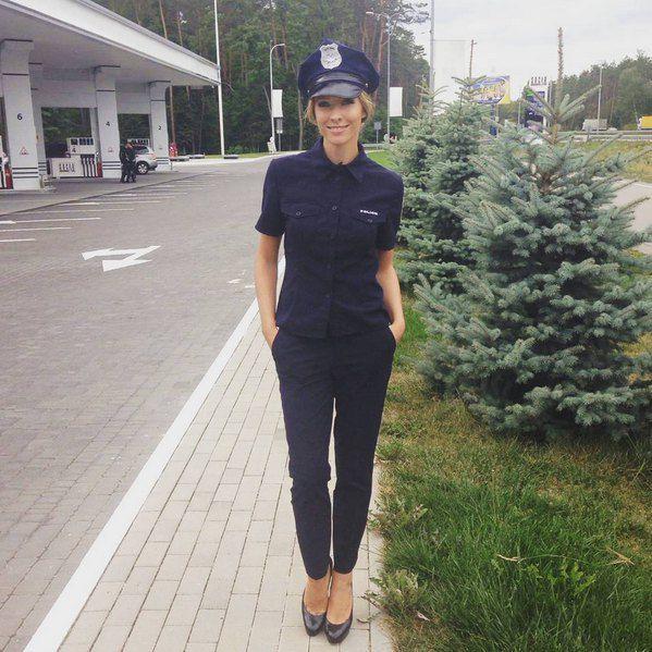 Ведущая Катя Осадчая вживалась в образ нового патрульного