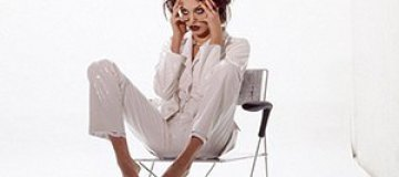 Обнародована архивная фотосессия 20-летней Анджелины Джоли
