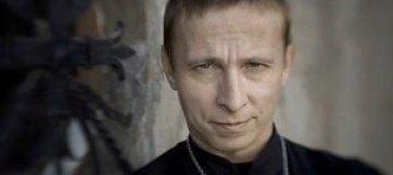 Ивану Охлобыстину вручили бутылку с кровью