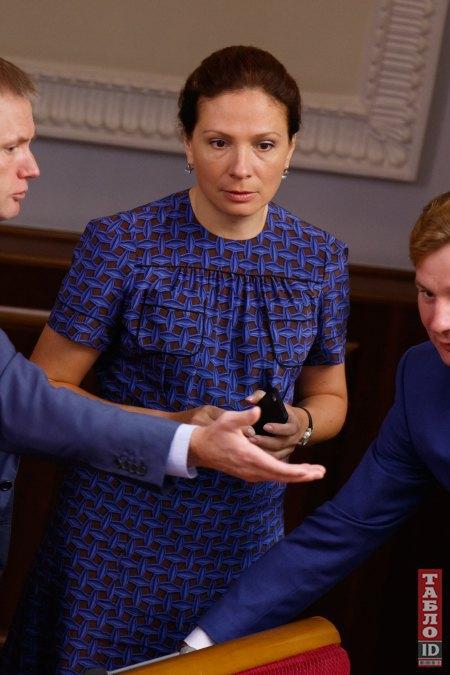 Юлия Левочкина весной родила двойню, но уже пришла в форму и снова на работе