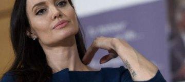 Джоли снова в отношениях