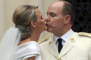 Князь Монако Альбер II и княгиня Шарлен ждут первенца