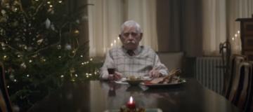 Видео о дедушке на Рождество собрало почти 60 миллионов просмотров
