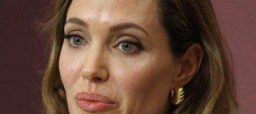 Анджелина Джоли подозревает у себя рак