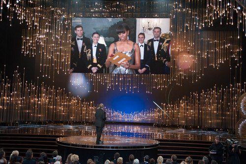 Мишель Обама объявляла одного из победителей
