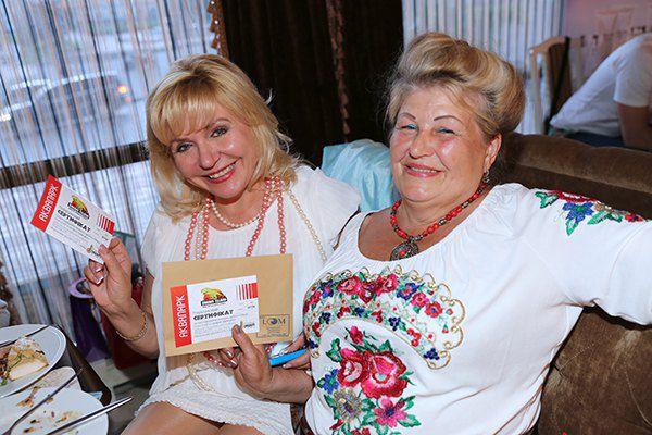 Мамы Ирины Билык и Алины Гросу