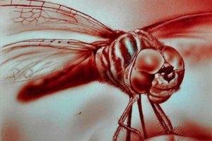 Австралийский художник пишет картины кровью