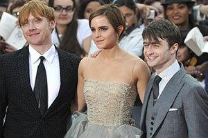 Выходит восьмая книга о Гарри Поттере, которому уже 34 года