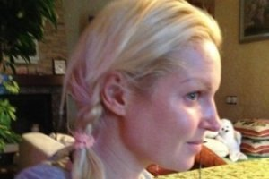 Волочкова показала свой настоящий цвет волос
