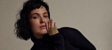 Даша Астафьева в пальто на голое тело рассказала о модных экспериментах