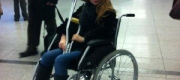 """Экс-солистка """"Блестящих"""" прикована к инвалидной коляске"""